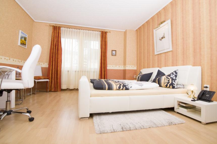 Gästehaus St. Lioba - mittelgroßes Zimmer